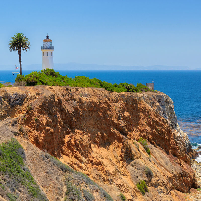 clickable image of cliffs leading to the Arroyo Insurance Services Rolling Hills website